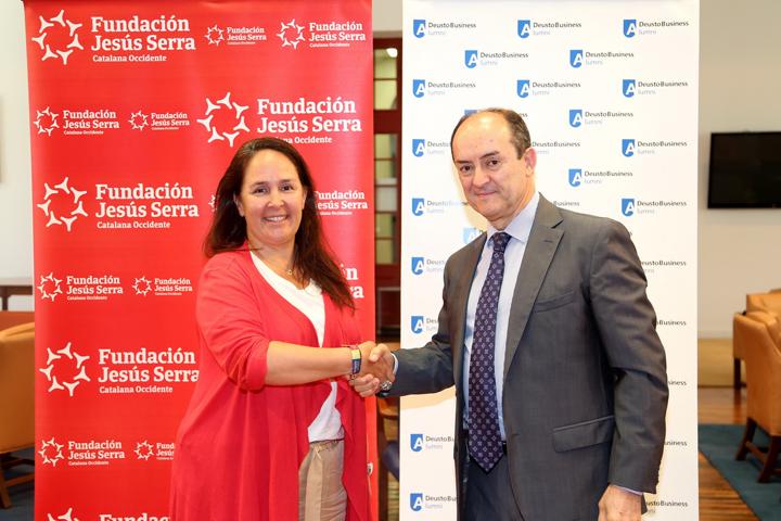 Signatura del conveni amb Deusto Business School