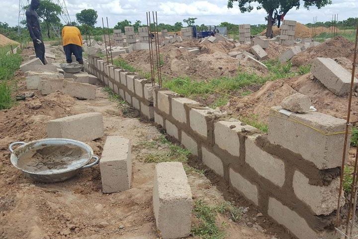Manos Unidas School in Fufulso
