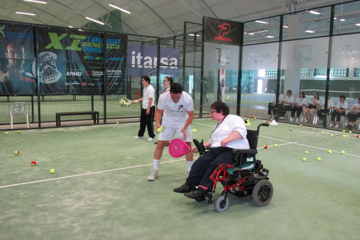 Charity paddle tennis tournament organised by Apadema