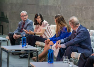 Mesa redonda formada por el jurado y ganadores de la 1.ª edición de los Premios a la investigación Fundación Jesús Serra